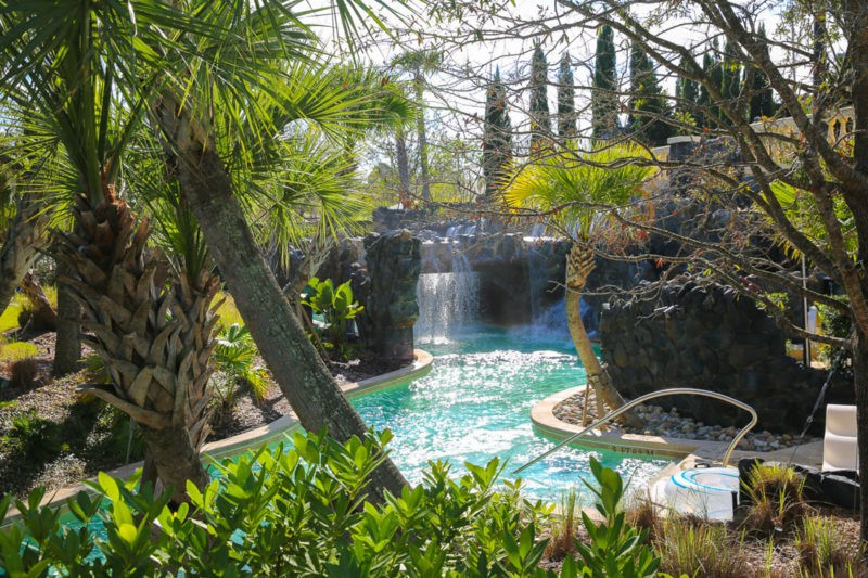 Hotels With Lazy Rivers That Can Deliver Family Bliss