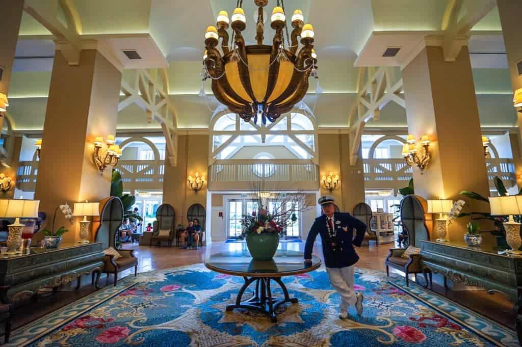 Disney S Yacht Club Resort And The Beach Offer Easy Access To Hollywood Studios