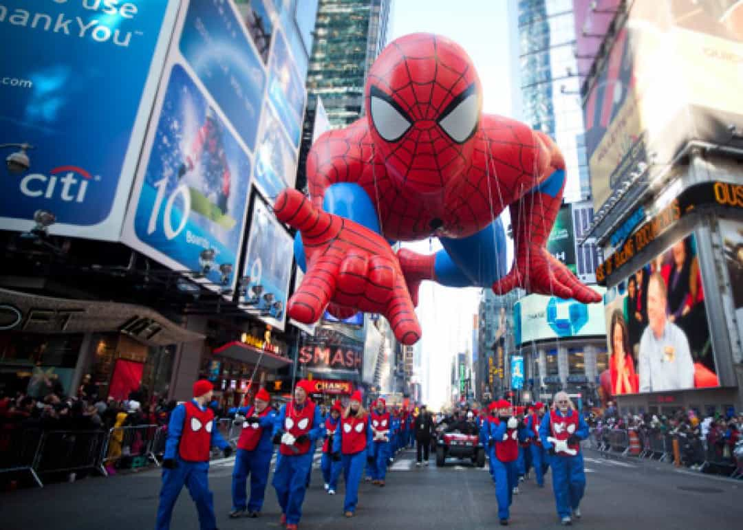 The 17 biggest musts for christmas in new york with kids for Things to do in nyc for a day